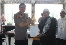 Photo of Bersama Aliansi Umat Islam, Ansharu Syariah Laporkan Sukmawati dan Gus Muwafiq ke Mapolres Jember