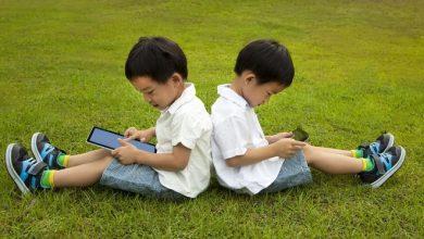 Photo of Enam Tips Mudah Mengontrol Penggunaan Gawai pada Anak