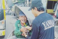 Photo of Zona Hitam Covid-19, Yanmas Ansharu Syariah Surabaya Terus Berbagi Makanan Untuk Dhuafa