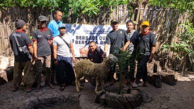 Photo of Yanmas Ansharu Syariah Jawa Timur Berbagi Kurban Bersama Dhuafa di 8 Kota