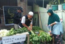 Photo of Yanmas Ansharu Syariah dan Baitul Mal Salimah Sedekah Sayur Gratis di Klaten