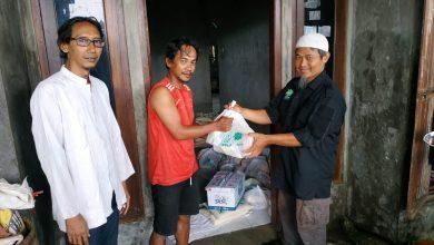 Photo of Yanmas Ansharu Syariah Sukoharjo Salurkan Bantuan Logistik Untuk Korban Banjir Demak