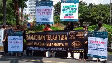 Photo of Tarhib Ramadhan, Jamaah Ansharu Syariah Malang dan Surabaya Pasang Spanduk Nasehat